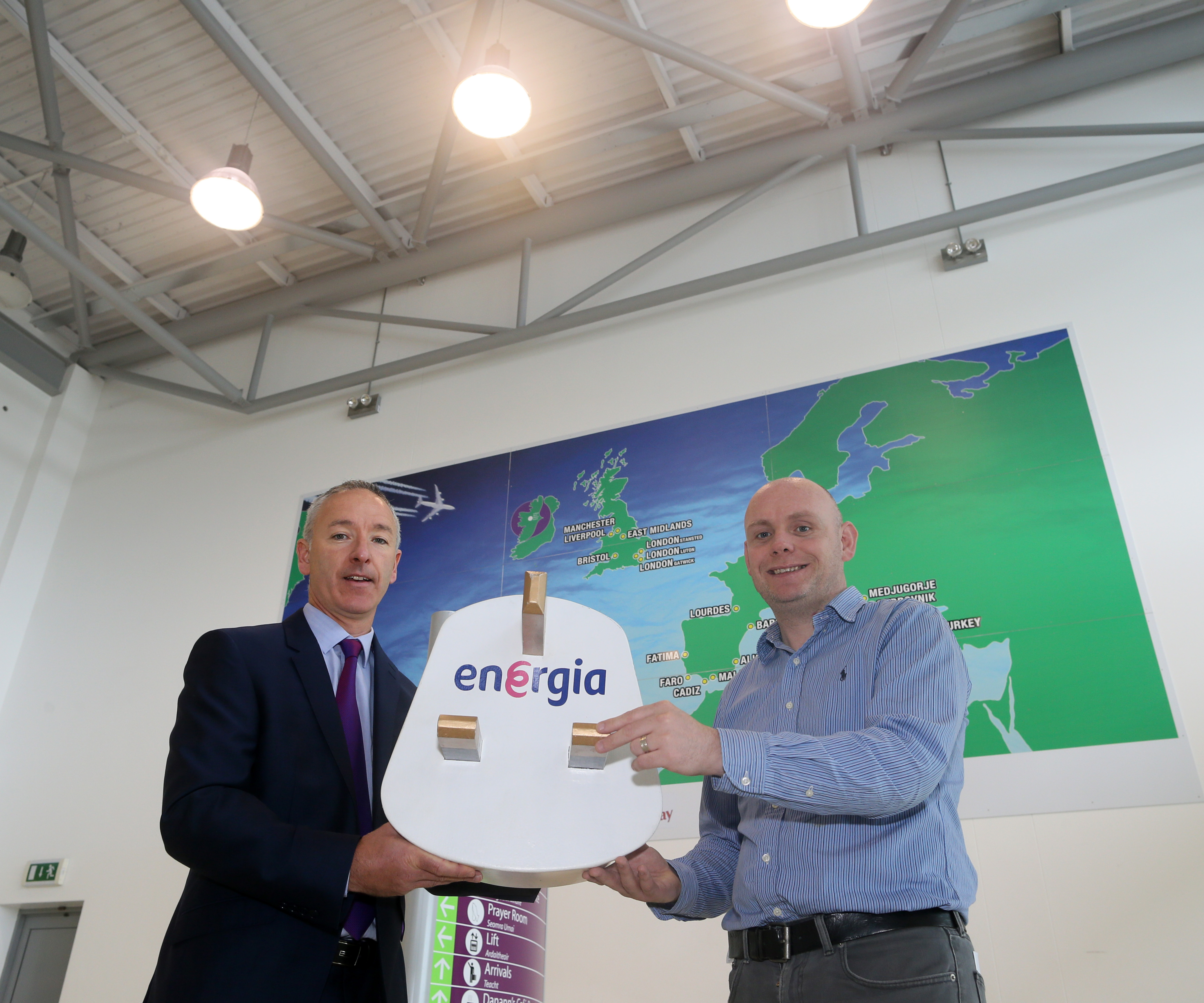 "Energia ""green energy"" deal to help Ireland West Airport Knock save 900 tonnes of CO2"